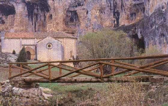 Ermita de San Bartolom� de Ucero